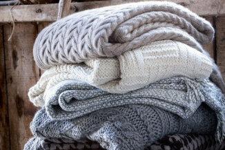 вязание спицами и крючком